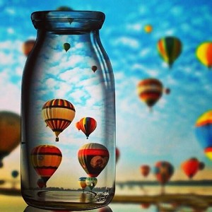 HOT AIR BALLOONS IN A BOTTLE Diamond Painting Kit Paint with Diamonds Kit