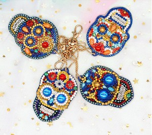4 CRYSTAL SUGAR SKULL KEYCHAINS Diamond Painting Keychain Kit