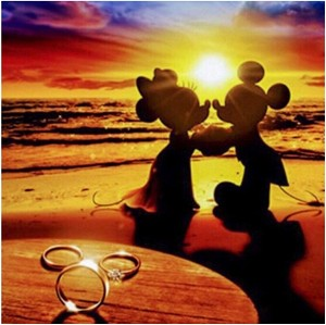 DISNEY BEACH WEDDING Diamond Painting Kit Paint with Diamonds Kit